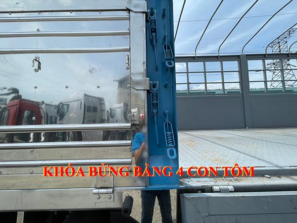 xe-chenglong-4-chan-thung-9,7m