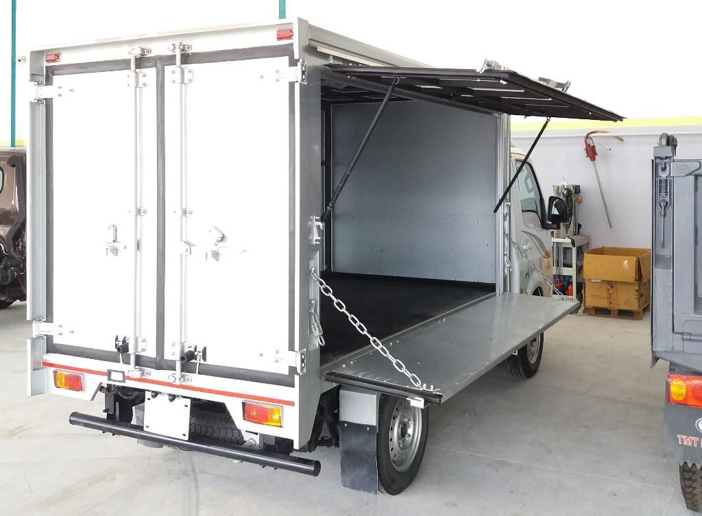 Xe tải thùng cánh dơi tata tmt